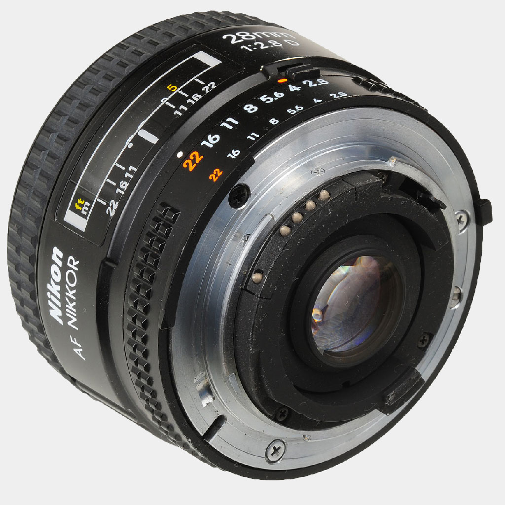 【BUY】Nikon AF Nikkor 28mm f/2.8 D Lens